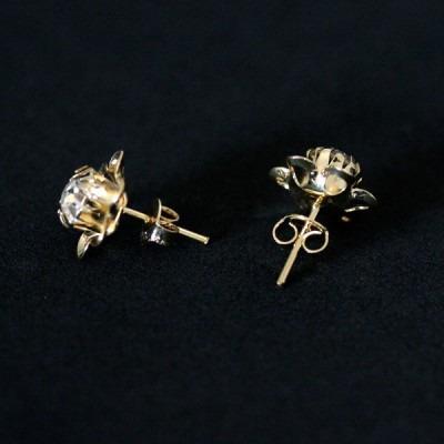brinco semi jóia folheado a ouro floris bela
