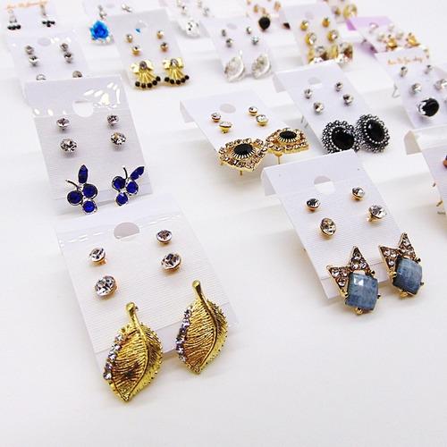 brincos pequenos bijuteria