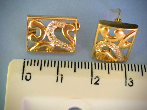 brincos/ouro 18k4.6gr. c/brilhantes, comp. 15mm, larga.9mm.