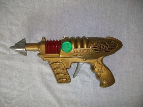 brinquedo revolver espacial japones