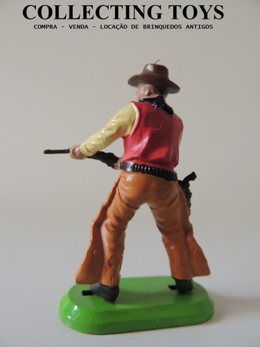 britains - forte apache - cowboy - base de metal  (b 74)
