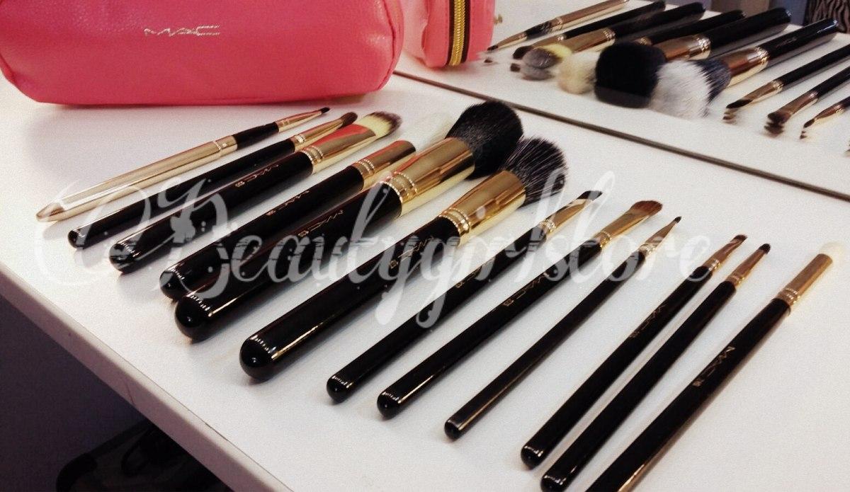 Makeup Revolution - Eyeshadow pallete - Soph X