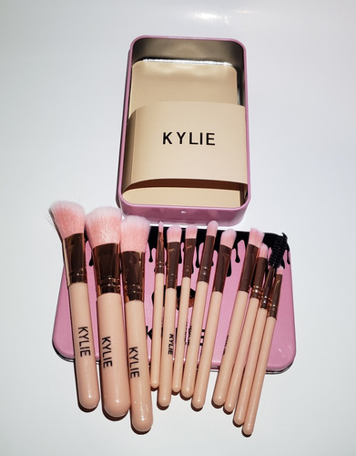 brochas maquillaje kylie estuche tipo brochas naked 3