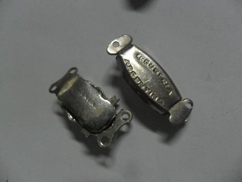 broche cierre collar gargantilla metal accesorio plateado
