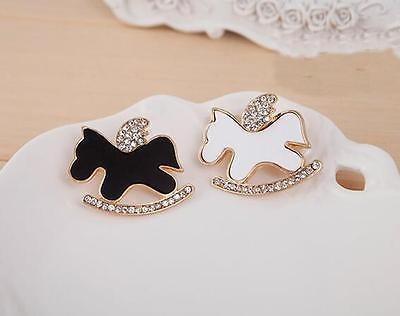 broche con caballo, color blanco con cristales zirconia b-00