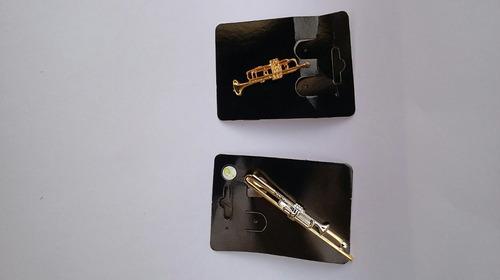 broche de instrumentos musicais modelo trompete