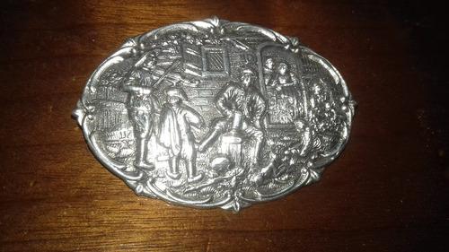 broche em prata modelo taberna antigo