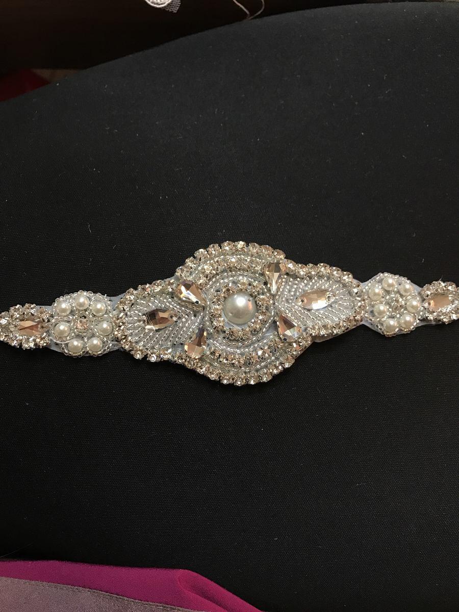 Cinturon de piedras para vestido de novia