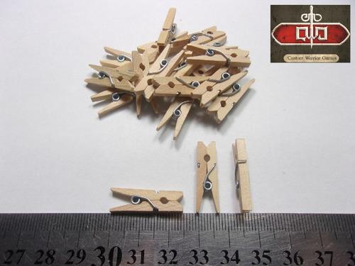 broches madera mini x50unidades - custom warrior games