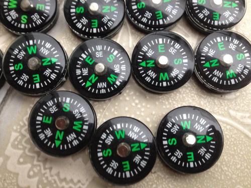 brujula de boton
