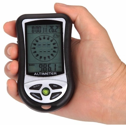 brujula digital incorpora altimetro, barometro y termometro