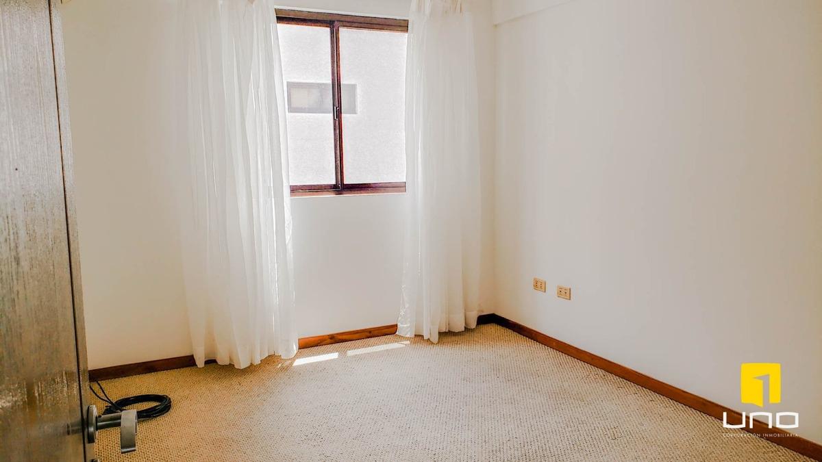 bs. 3500 alquilo departamento de 3 dormitorios con parqueo