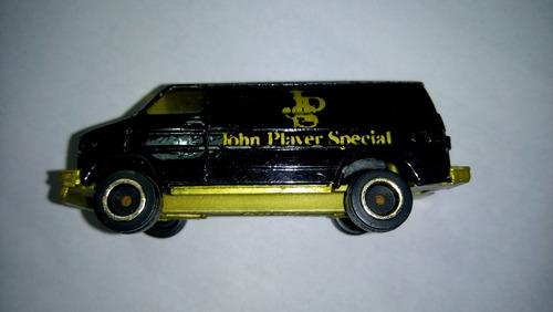 buby john player special a 1/64 80s autito camioneta