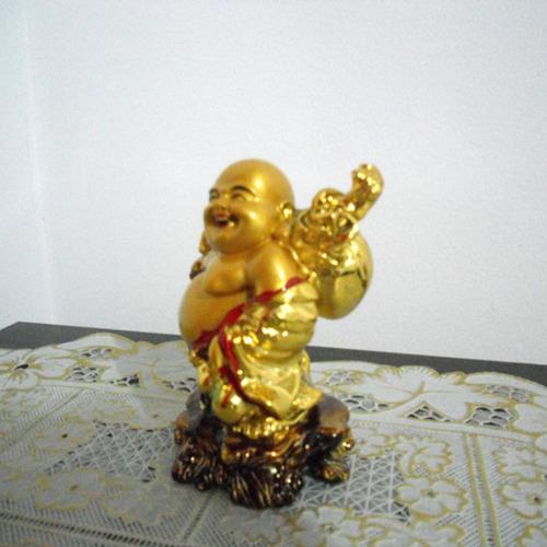 buda alegria dourado em resina 11 cm