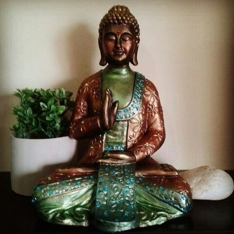 buda ceramica meditacion zen