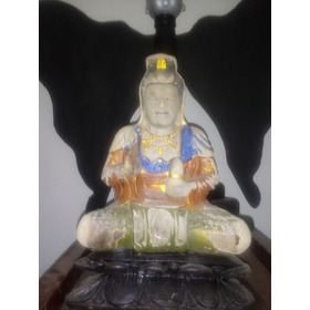 Buda Esculpido Em Madeira