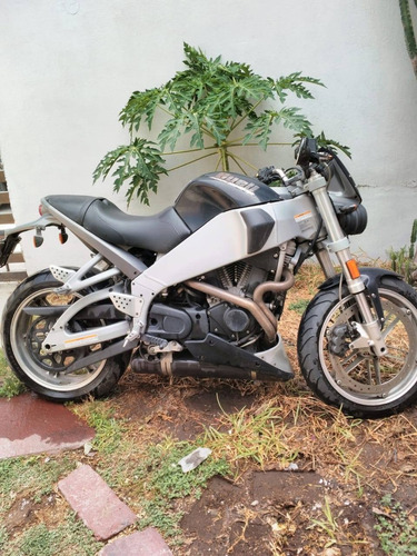 buell lightining harley davidson moto deportiva