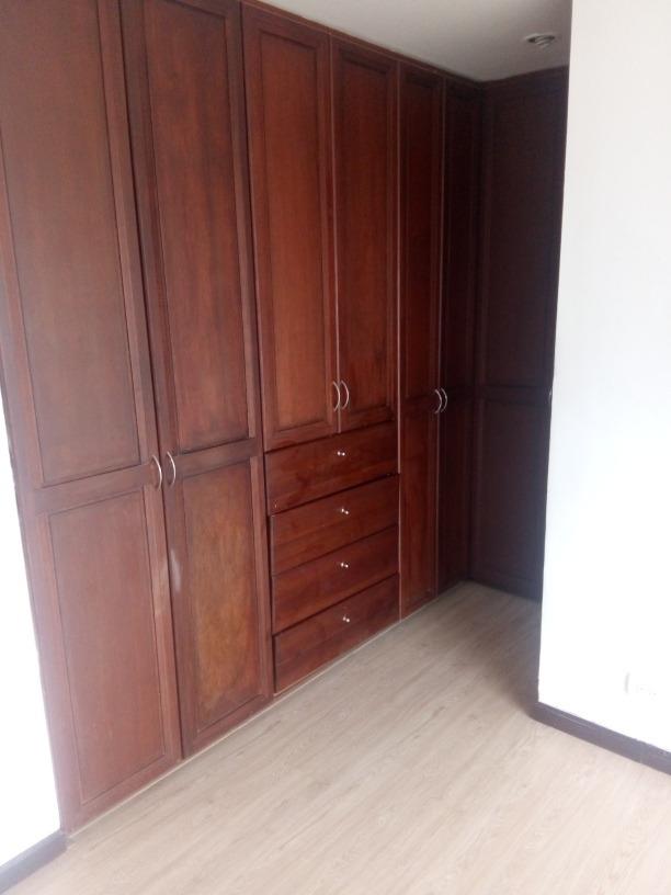 buen  apartamento  exelente  sector  seguridad  hrmosa  vist