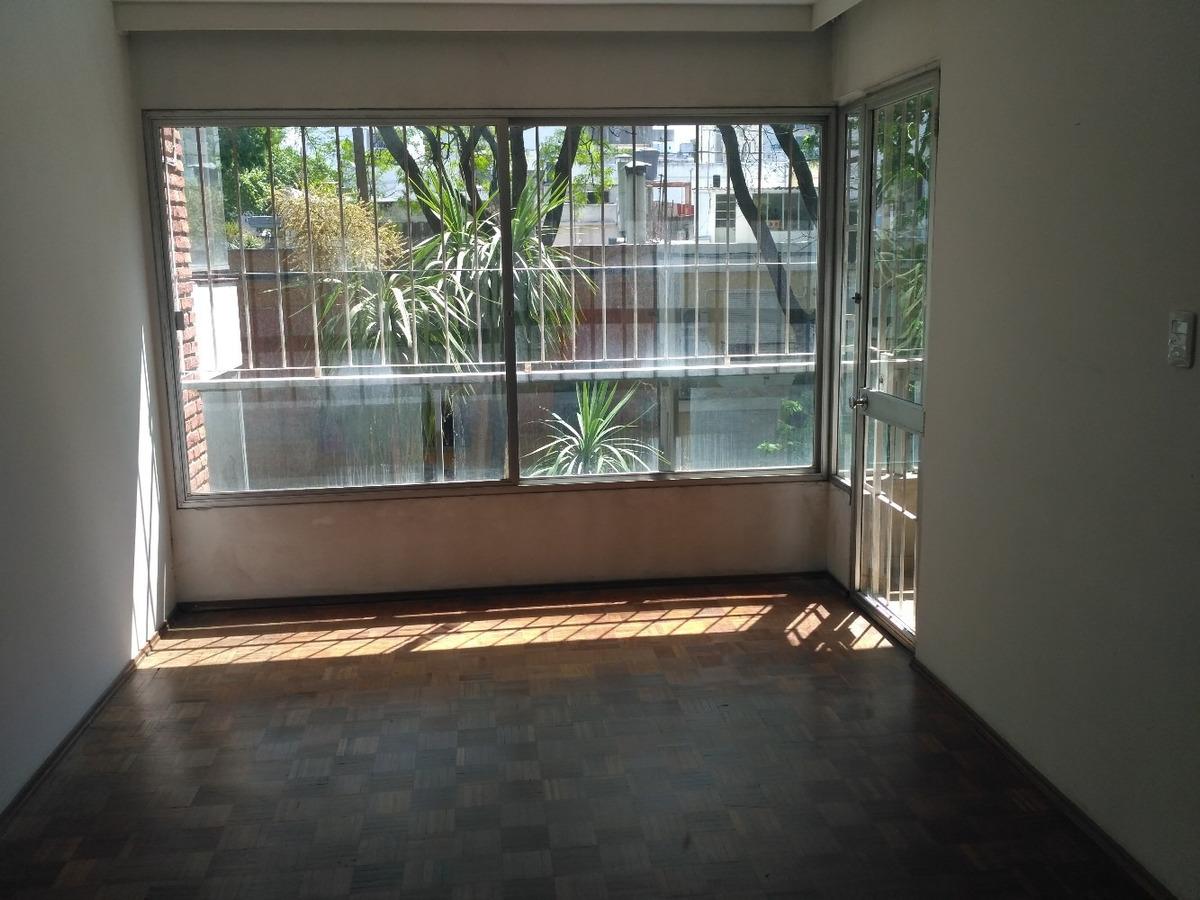 buen apartamento puesto a nuevo