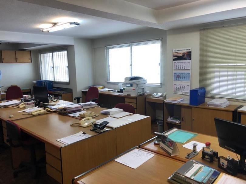 buena oficina en ciudad vieja