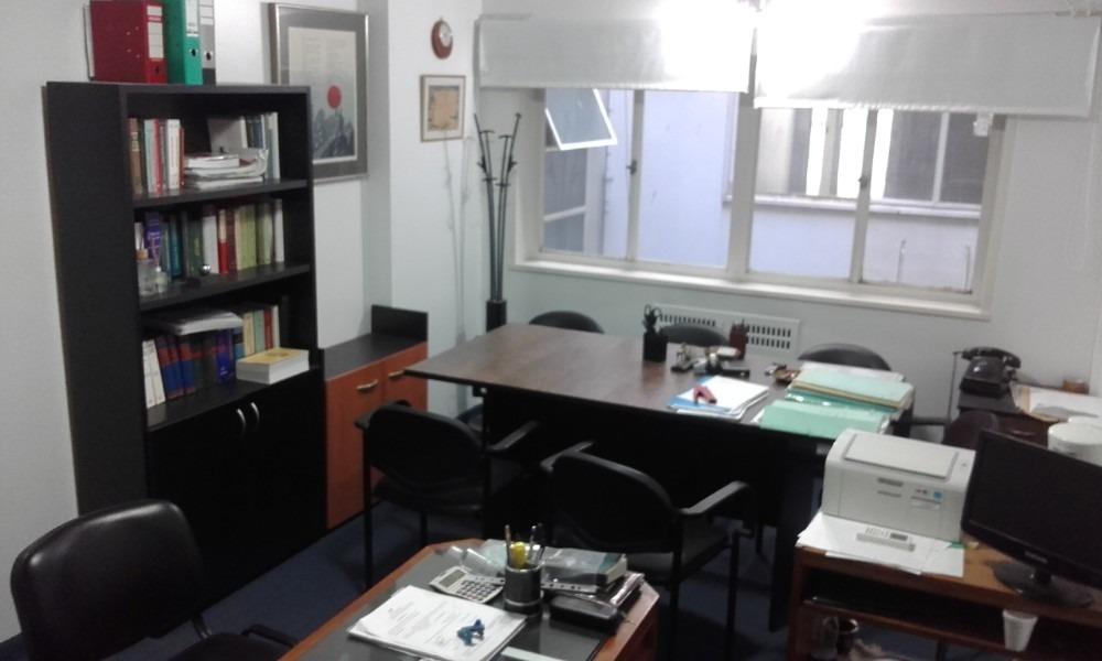 buena oficina interna. edificio richmond. aa. mb estado.19m2