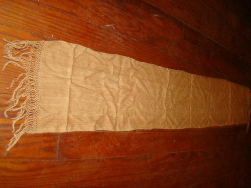 bufanda echarpe de vicuña con un detalle