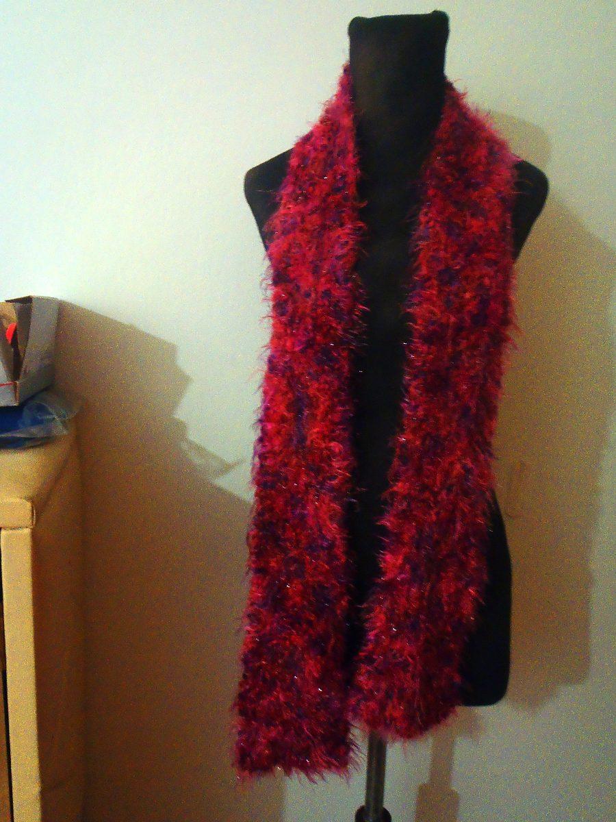 bufanda larga de lana bord con rulitos rosa oscuro bord