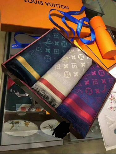 bufandas pañuelos louis vuitton lujosas