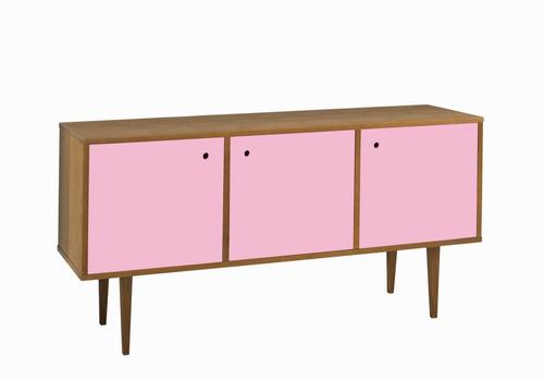 buffet vintage com 3 portas na cor rosa claro