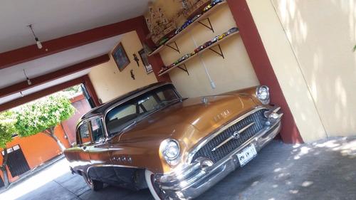buick clásico  de lujo 1955