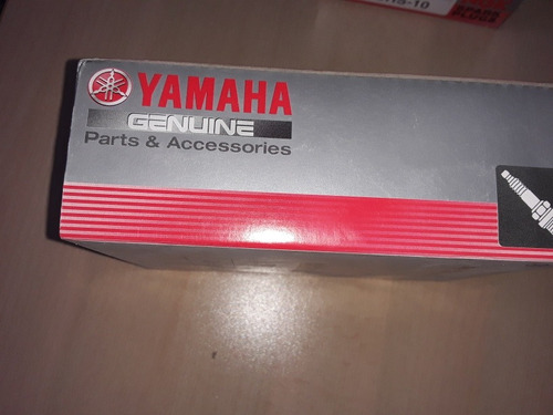 bujias  br9hs-10 ngk original yamaha  5v