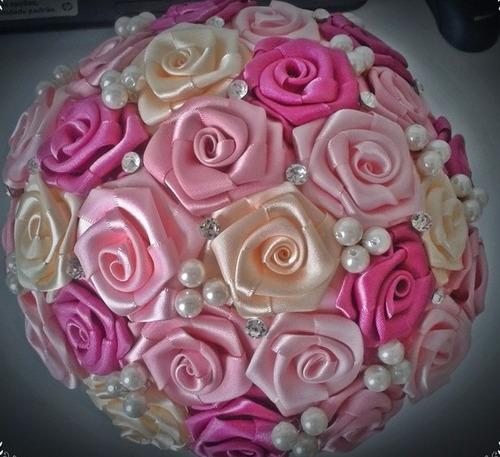 buquê de noiva rosa pink com rosa bebe champae pelolas