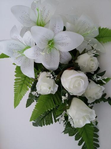 buquê de noivas estilo cascata lírios rosas casamento bodas