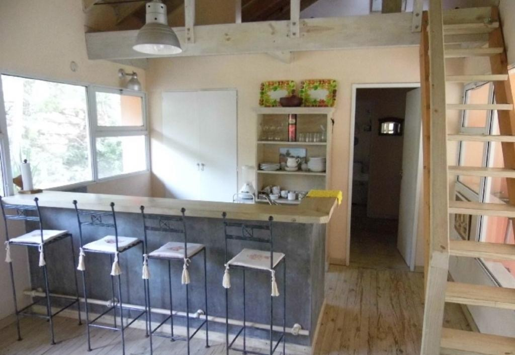 buratti alquiler casa 4 ambientes en cariló disp. marzo