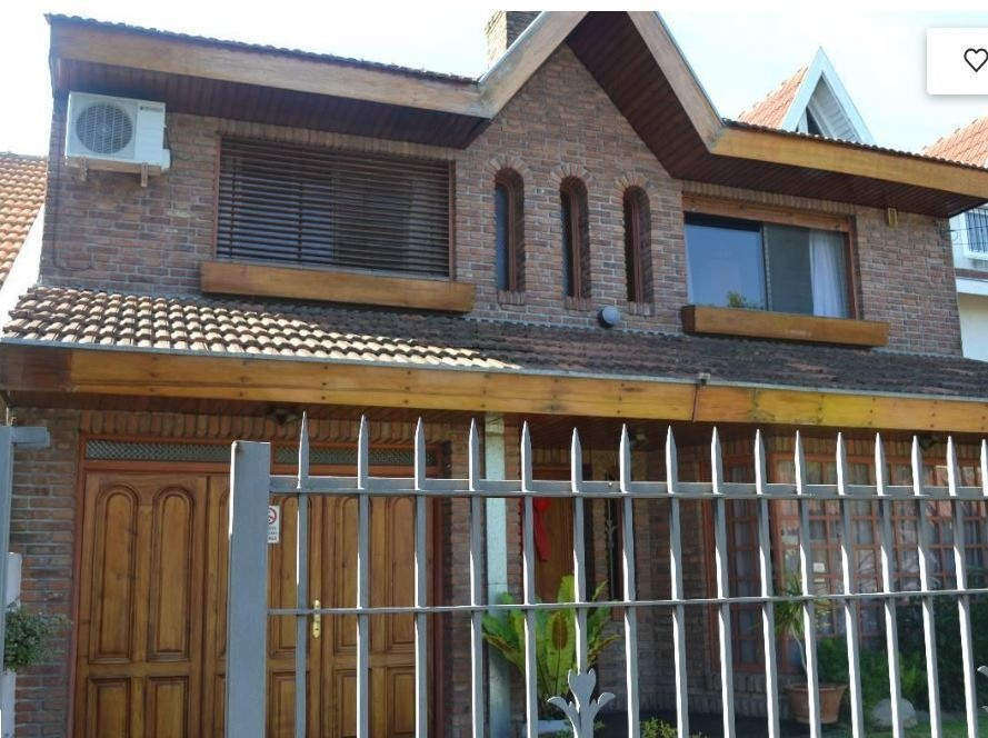 buratti venta casa 5 ambientes en martínez, córdoba 1000