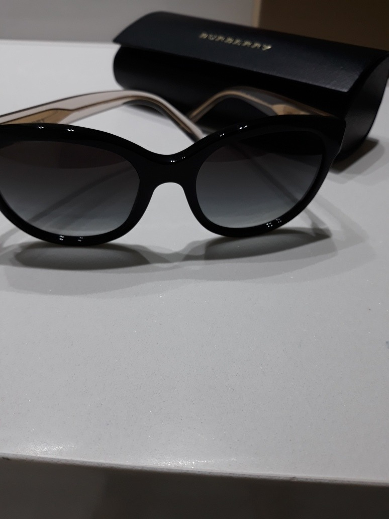 e25c9b9c61fc2 burberry óculos de sol original. Carregando zoom.