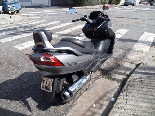 burgman 400 moto