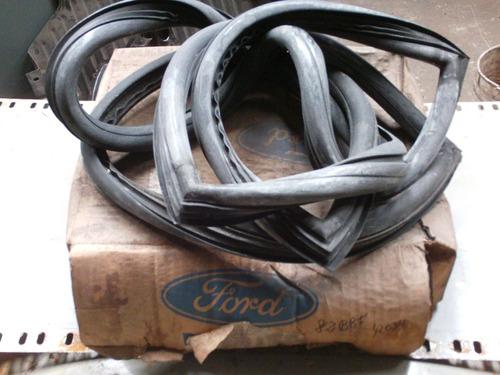 burlete luneta panel porta paquetes taunus ghia 81/