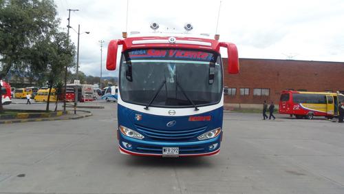 bus buseta intermunicipal hino buseton carroceria jgb vendo