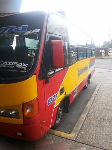 bus de pasajeros rápido tolima nissan tk55