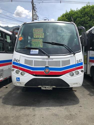 bus de transporte publico chevrolet nqr 2015