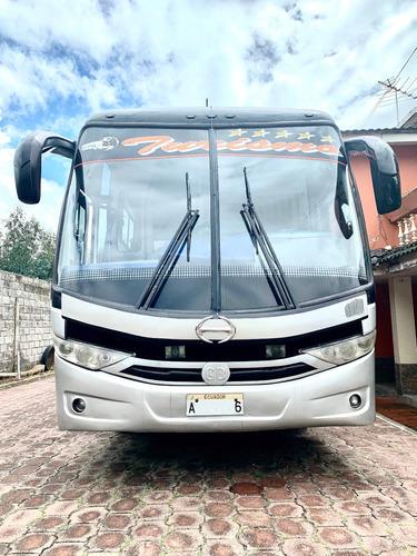 bus de turismo, 40 pasajeros, marca hino año 2012