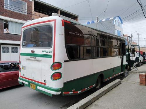bus particular agrale 2005