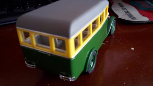 bus ruso 1 43 colección 13cm  antiguo en caja muy raro
