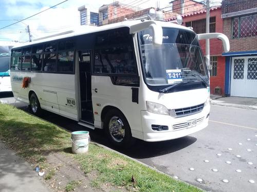 bus servicio especial 38 pasajeros modelo 2014