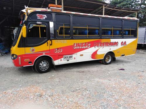 buseta npr modelo 2007 -27 pasajeros - ruta sta rosa-pereira