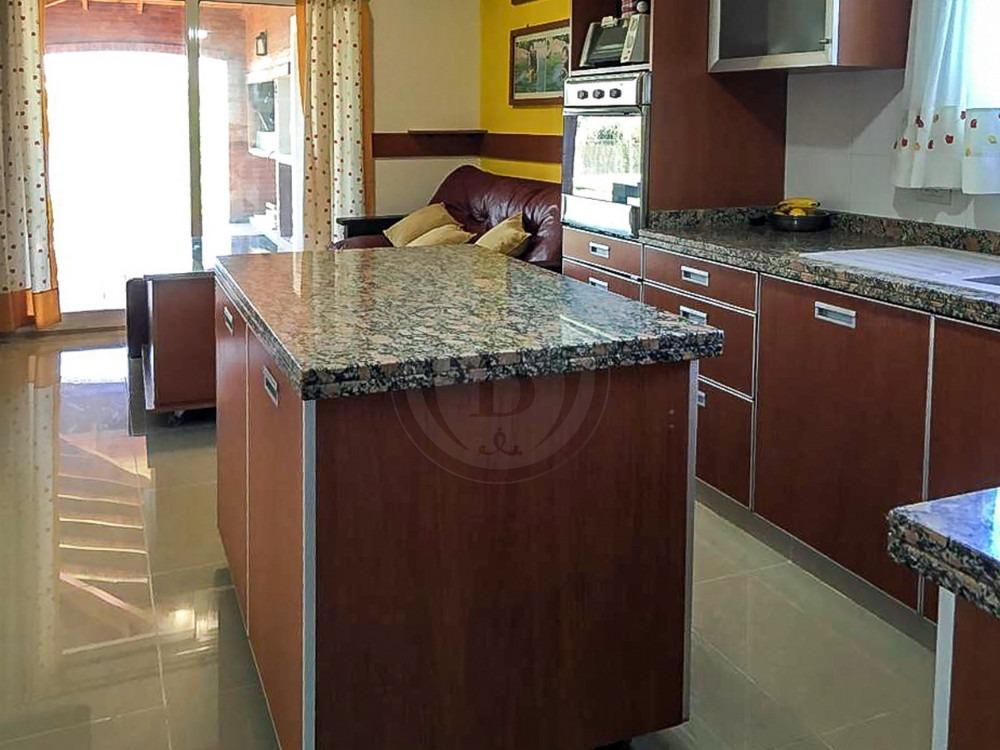 bustamante prop. san isidro labrador 9883 - casa - venta