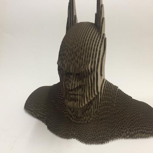 busto de batman de cartón rompecabezas 3d para armar.