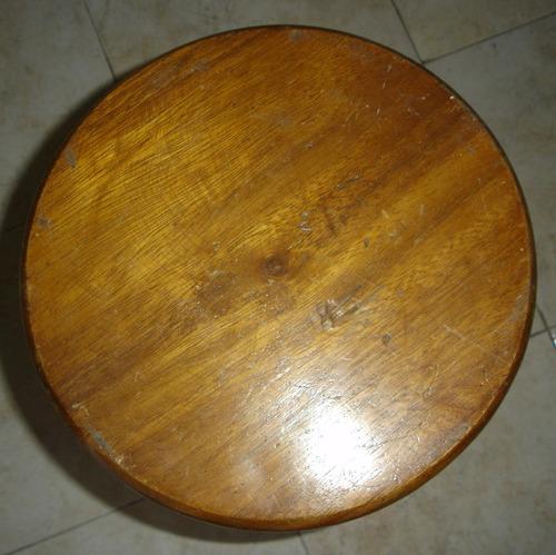 butaca de madera usada