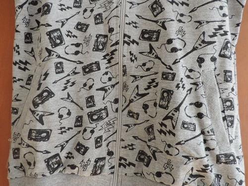 buzo con capucha manga corta!! muy original!